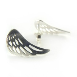 Kolczyki srebrne na sztyfcie skrzydła