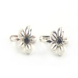 Kolczyki srebrne dziecięce kwiatek biała cyrkonia