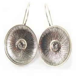 Kolczyki srebrne lekko oksydowane cyrkonia