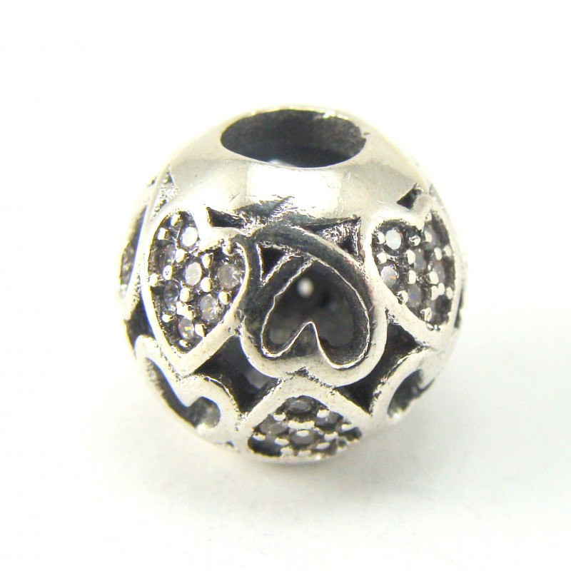 Koralik srebrny ażurowy z serduszkami
