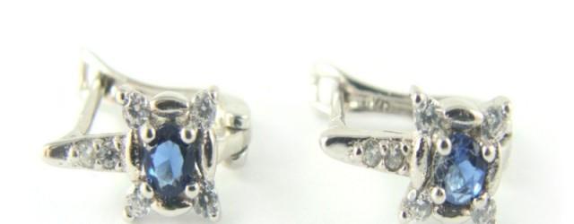 Kolczyki srebrne rodowane niebieska cyrkonia